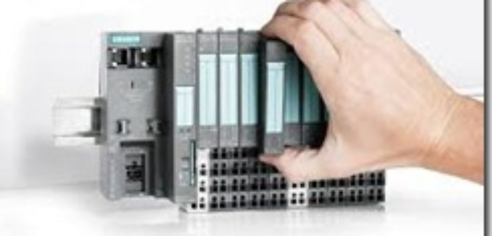 TRAINING INTRODUCTION TO PROGRAMMABLE LOGIC CONTROLLER (PLC)