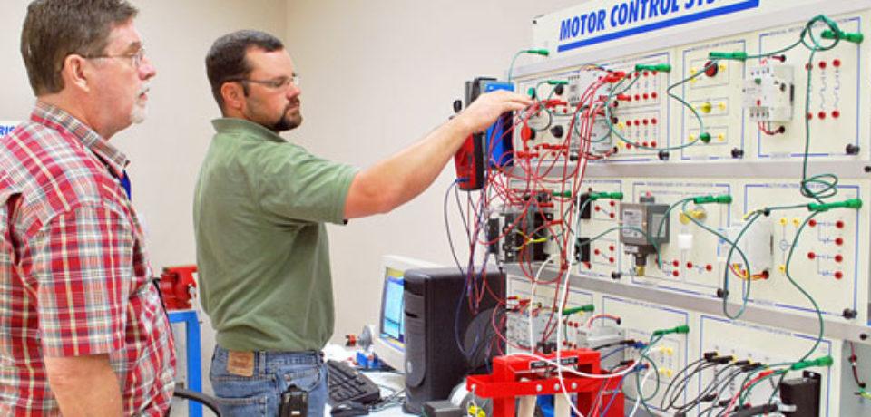 Pelatihan Electric Motor Control Lokal Media Training